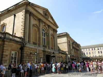 The line to enter the Roman Baths