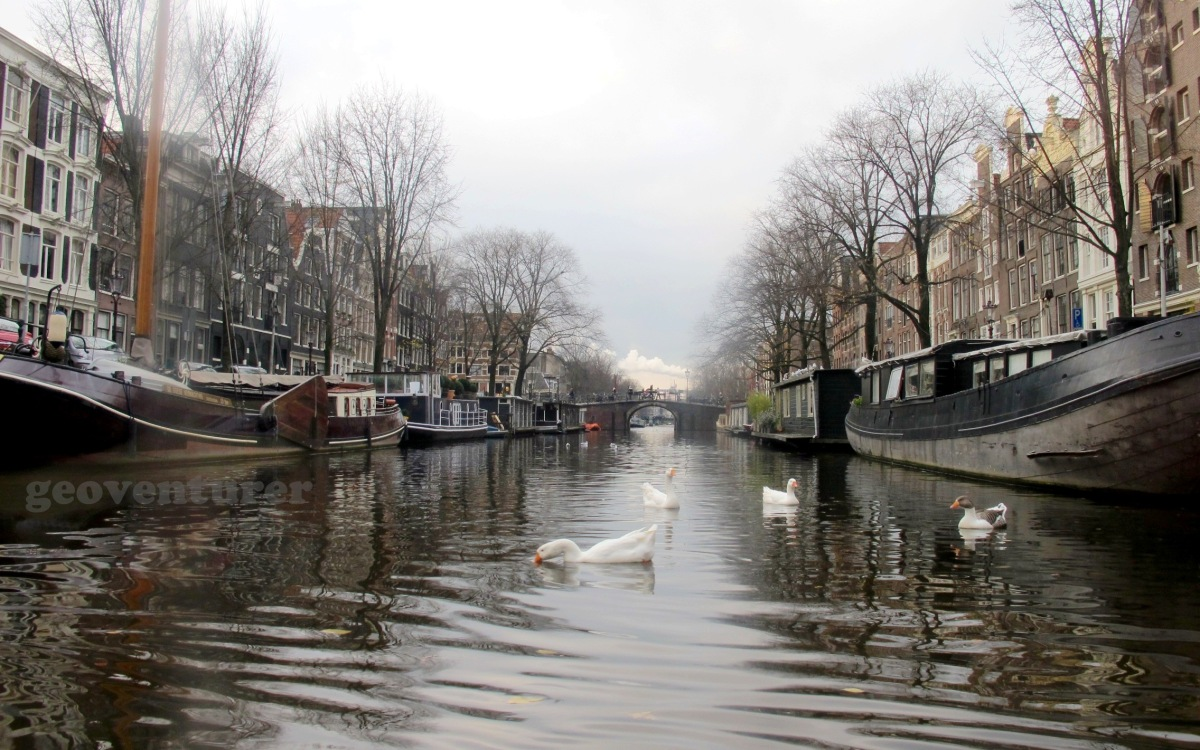 """""""I amsterdam"""": Playing tourist in the Dutch capital"""
